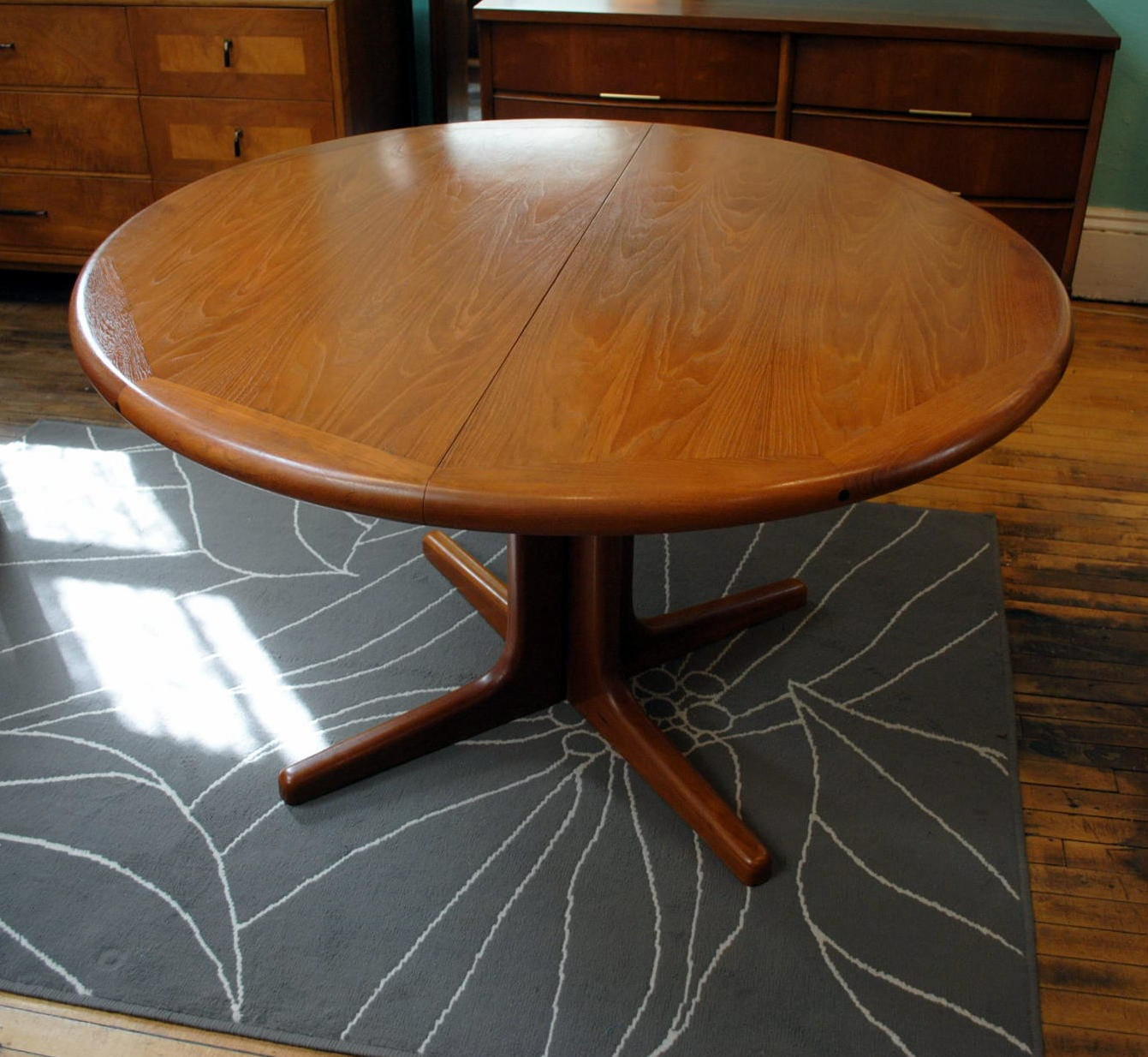 danish round teak dining table w leaves circa. Black Bedroom Furniture Sets. Home Design Ideas