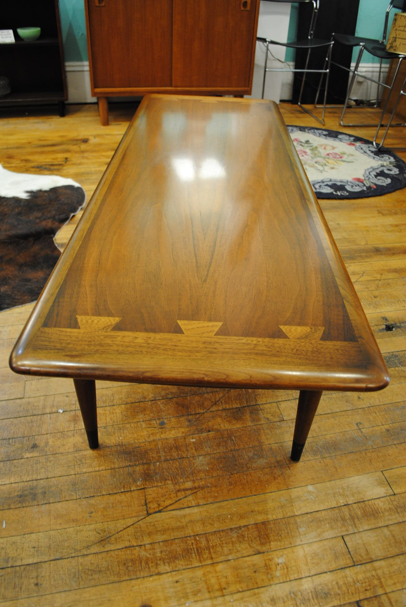 Lane Acclaim Coffee Table With Dovetail Design 1950 S Sale Price