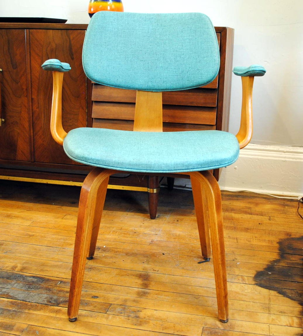 Image of: Mid Century Thonet Bentwood Armchair 1950 S Circa